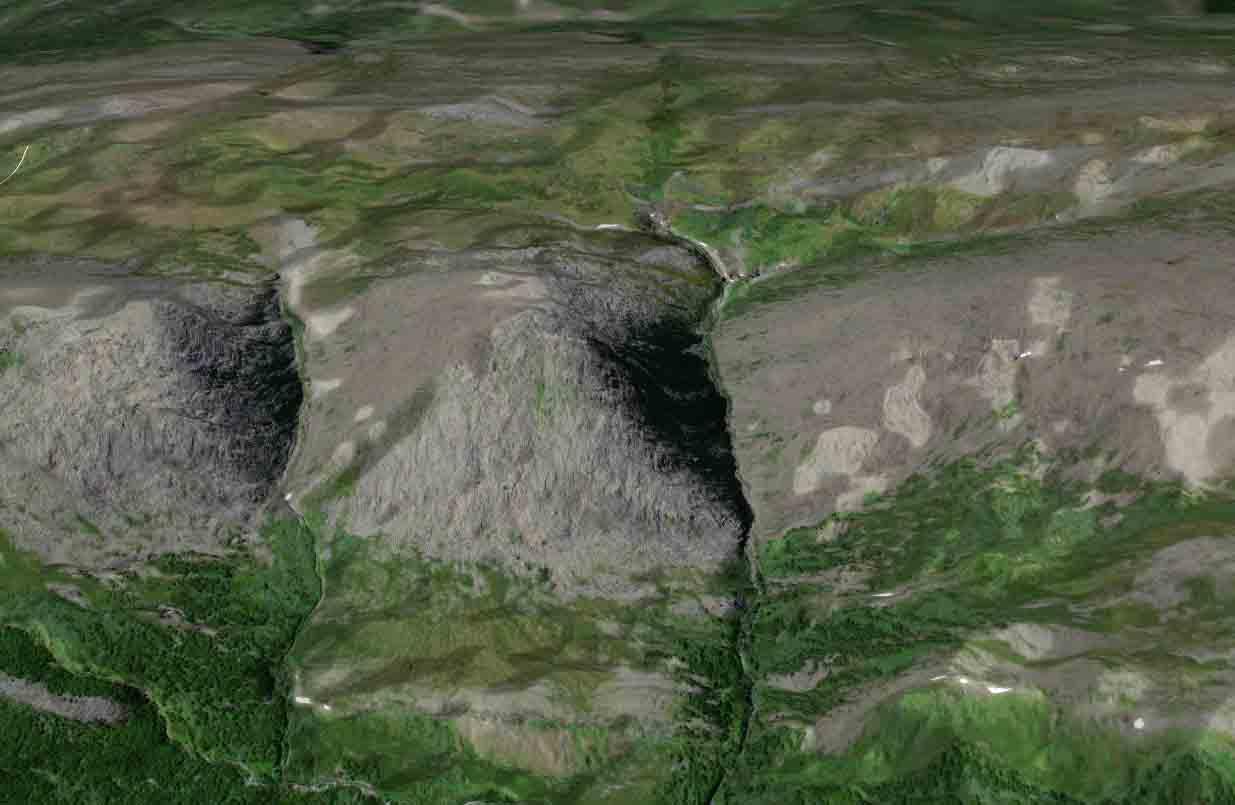 """Пирамида, Приполярный Урал. Обнаружена клубом экспедиций """"Дикий Север"""""""